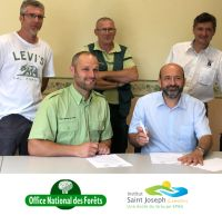 L'Institut Saint-Joseph signe une convention avec l'ONF